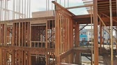 переделывать : New construction framing house with frame