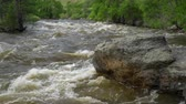 запустить : Spring run off of the Cache la Poudre River in the canyon above Fort Collins, Colorado