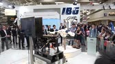 датчик : IBG presenting robot and human collaboration on Messe fair in Hannover, Germany