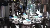 manuseio : Assembly electronics line Stock Footage