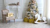 cadeira de balanço : White classic Christmas and New Year interior Vídeos