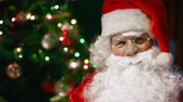 parabéns : Extreme close up of Santa Claus waving with hand cheerfully