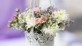 frezja : close-up of colorful wedding bouquet Wideo