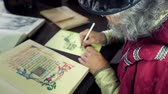 peruca : An old medieval scholar drawing some scheme