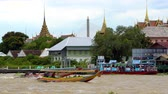 dlouho : Tourist long-tail boats on the Chao Phraya river, Bangkok, Thailand.