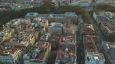 Мадрид : Fly over the evening Madrid with a view of the house and the road