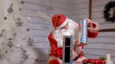 Клаус : Santa shows trick with a pipe Стоковые видеозаписи