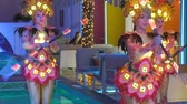 group of women dancing in festive costumes Vidéos Libres De Droits
