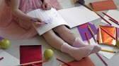 crayon feutre : little girl draws with pencils, childrens creativity, development