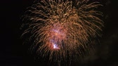 ракета : Colored fireworks in the dark sky, lots of beautiful big shot 4k