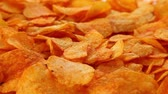 couch : Party potato chips