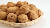 nozes : Walnuts in basket
