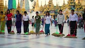 dagon : YANGON. MYANMAR - 03 JAN 2014: Shwedagon Pagoda have to cleaning in the evening