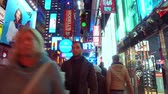 рестораны : NEW YORK CITY, USA - OCT 30, 2018: 42nd street walk fast forwarding view in midtown Manhattan New York City.