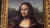 anêmona : Replica of The Mona Lisa painting by Leonardo da Vinci, acclaimed as the best known work of art in the world.