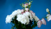 krizantem : beautiful large bouquet of white chrysanthemums and lisianthus