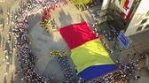 eslováquia : TULCEA, ROMANIA - AUGUST 08: Opening ceremony (aerial view) of the International Folklore Festival for Children and Youth - Golden Fish on August 08, 2018 in Tulcea, Romania. Vídeos
