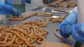 guloseimas : Production of sausages in a meat processing factory