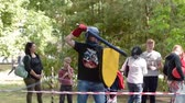 meč : Ukraine Kharkov August 24 2017: Full HD video footage. Amator training knights fights. Training in the central park in the summer. Dostupné videozáznamy