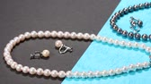 collier : Pearl and Black Pearl Necklace and earrings