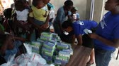 fornecimento : vaccination clinic supplies in Haiti