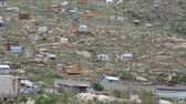 бедность : the scattered tin and wood shacks in Haiti Стоковые видеозаписи