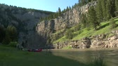 faaliyetler : Timelapse of river, mountain and raft