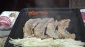 грибы : baking pork with a frying pan
