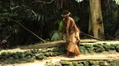 domorodý : South Pacific Native Tribesman