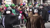 трилистник : St Patricks Day Dublin Ghost People Стоковые видеозаписи