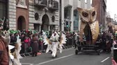 трилистник : St Patricks Day Dublin Parade Large Owl