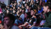 atirador : SAINT PETERSBURG, RUSSIA - OCTOBER 28 2017: EPICENTER Counter Strike: Global Offensive cyber sport event. Team virtus.pro fans having fun talking and cheering for their team during the match. Stock Footage