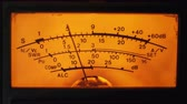véu : Dial Indicator Gauge Of The Transceiver and Signal Level Meter