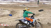 lovas : Motocross. Off-road racing on enduro bikes. Slow motion