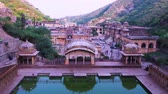 забавный : Monkey Temple Galta Ji in Jaipur India