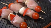 sweet pepper : Chicken skewers fried in a pan Stock Footage