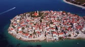 dalmácia : Aerial panorama of marina and resort adriatic town Primosten, Croatia.