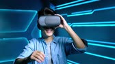 design : video of man wear vr on the technology background Stock Footage