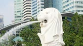 loto : merlion park, Singapore - July 25, 2018: close up of landmark statue in marina bay