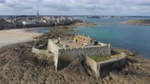 いたずらな : Aerial view of the beautiful city of Privateers - Saint Malo in Brittany, France 動画素材