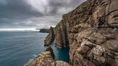 деление : Spectacular timelapse of steep coast of Faroe Islands