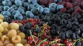 dezert : fresh berries : blueberry , yellow and red raspberry , red currant , blackberry rotating