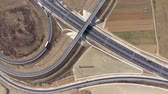 eyaletler arası : Aerial 4k view of highway intersection from a drone
