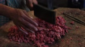 satıcı : Cutting meat in one of the New Market stores. Stok Video
