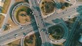 Motor vehicle roundabout from above Stok Video