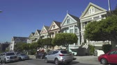 терраса : Painted Ladies houses, Haight-Ashbury district - August 2017: San Francisco, California, US