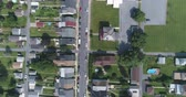 pennsylvania : Aerial view of American suburb. Suburban homes in Pennsylvania - August 2017: Catasauqua, PA, USA Stock Footage