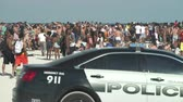 iskoláslány : Crowded Miami Beach at spring break time. Beach full of people in a sunny day