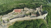 kalıntılar : Aerial shot of European castle, fortress. Szigliget castle - Hungary, Lake Balaton Stok Video