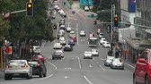 nova zelândia : Traffic in downtown Auckland, New Zealand, Street view Stock Footage